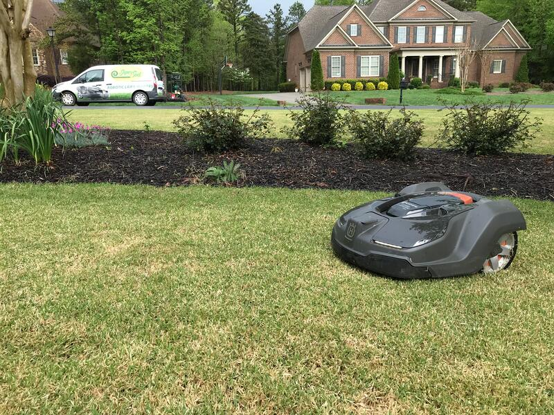 Robotic mower keeps going when you are on vacation