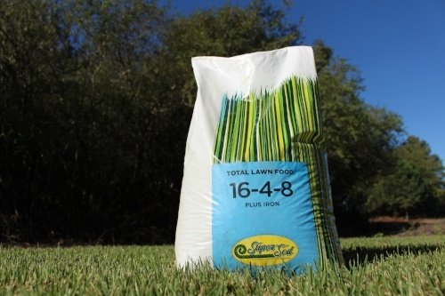 The Best Times to Apply Fertilizer