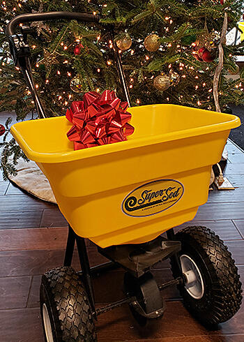 Christmas gift yellow spreader
